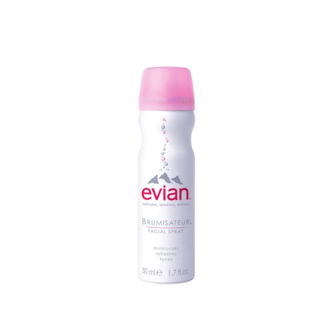 Φυσικό μεταλλικό νερό για το πρόσωπο σε μορφή σπρέι από την εταιρεία Evian!